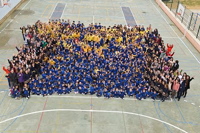https://sites.google.com/a/guiomar.es/colegio-antonio-machado/25-Aniversario/foto_familia_1.jpg?attredirects=0&d=1